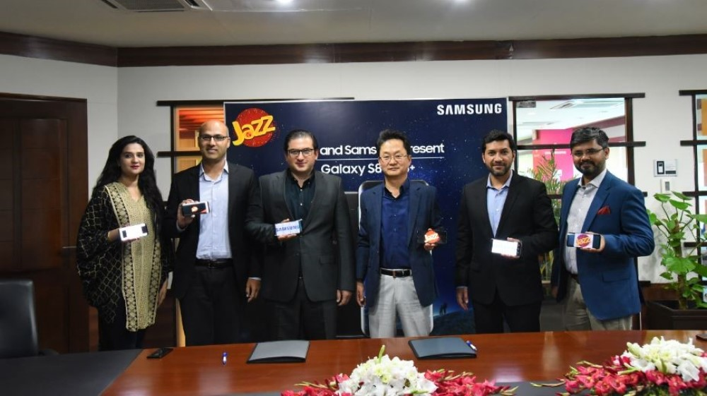 Jazz partners with Samsung to bring the Galaxy S8 and S8+ to Pakistan