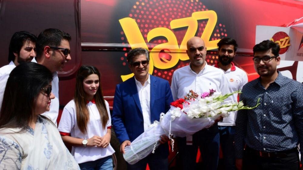 Jazz Super 4G Experience Bus Tour reaches Lahore